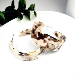 Chic Acrylic Resin Hoop Earrings